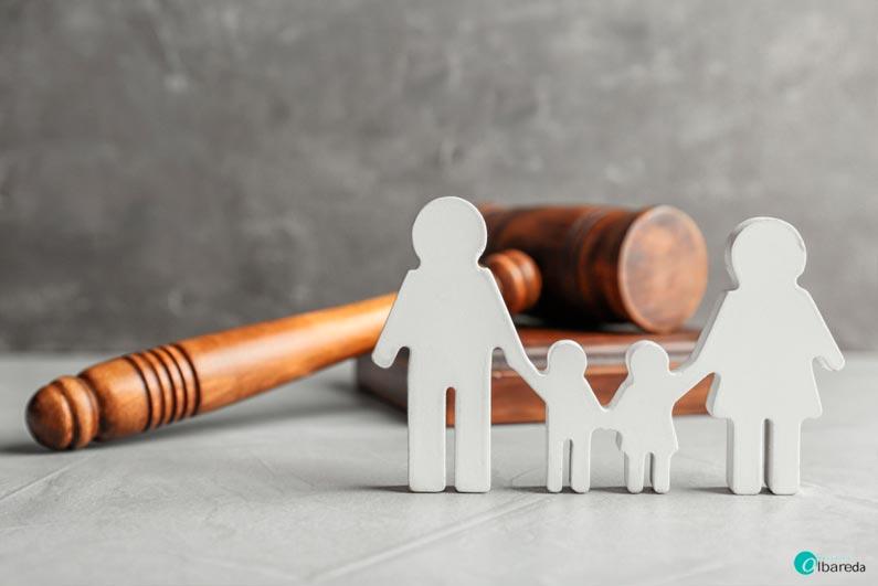 cómo pueden ayudar los abogados de familia en un divorcio